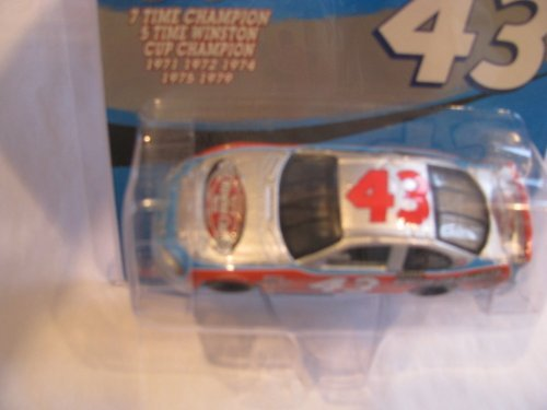 Richard Petty #43 2003 Dodge Intrepid Winston Cup 7X Seven Time Champion The Victory Lap 1/64 Scale Action Racing Collectables...2003 was the Last Year Winston Sponsored the Cup Series - Time Winston Cup