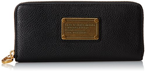 (Marc by Marc Jacobs Classic Q Slim Zip Around Checkbook Wallet Black One Size)