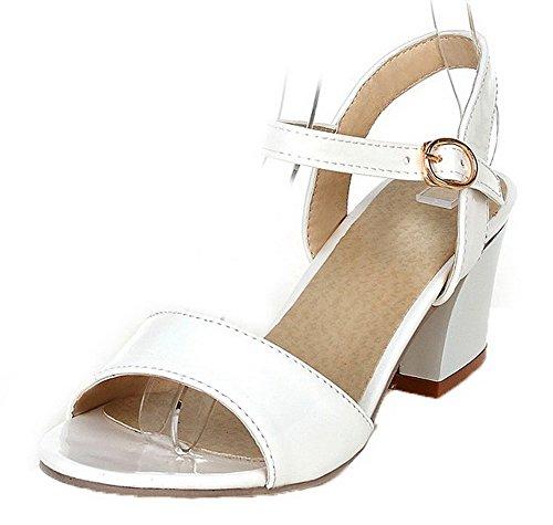 VogueZone009 Women Patent Leather Open-Toe Kitten-Heels Buckle Solid Sandals White