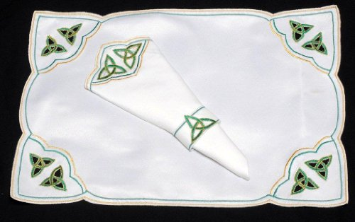 Spring and Easter Set of 4 Table Place Settings (4 Placemats/4 Napkins) in a Green Celtic Trinity Knot Design.