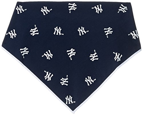 Sporty K9 MLB New York Yankees Dog Bandana, Large - New York Yankees Dog Bandana