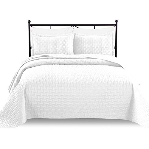 Luxe Bedding 3-piece Oversized Quilted Bedspread Coverlet Set, White, King / Cal King (Quilt Bedding King White)