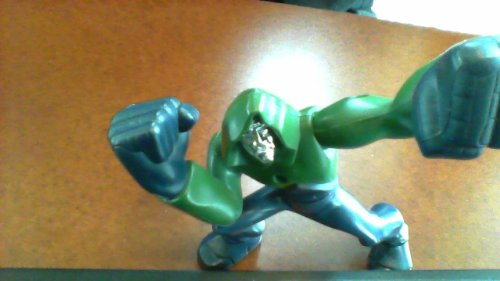 Version King Arms (2007 Burger King Marvel Comics Marvel Fantastic Four Doctor Doom Dr. Doom Rise of the Silver Surfer From Fantastic 4 Movie Part 2 (Came in Burger King Kids Meal Toys in 2007) (Big Fist Version, 5 Inches Tall, Arms and Waist Twist and Turns))