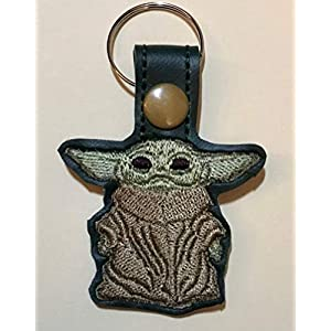 Embroidered The Mandalorian Baby Yoda keychain key fob-Star Wars Baby Yoda embroidered-key ring-purse accessories-luggage tag-Yoda lanyards