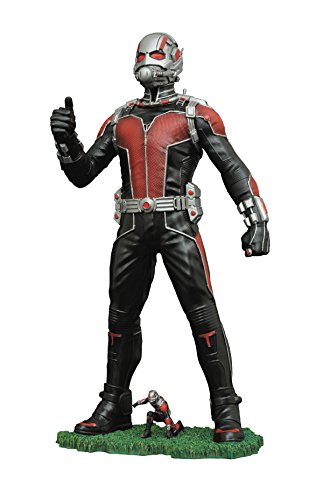 Movie Version Pvc Figure - Diamond Select Toys Marvel Gallery: Ant-Man Movie Version PVC Figure, 9