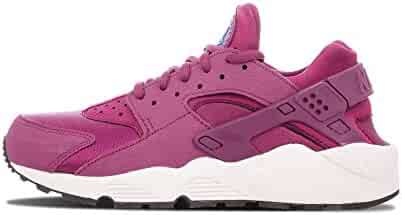 pretty nice 7e51f 27992 Nike Womens Air Huarache Run - US 5.5W
