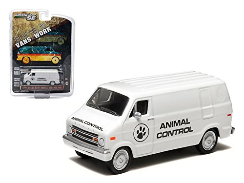 Maisto 1976 Dodge B-100 Van Animal Control Hobby Exclusive 1/64 Car Model by Greenlight