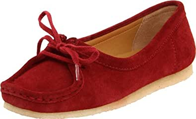 Clarks Women's Wallabee Chic Slip-On Loafer,Red Suede,6.5 M US