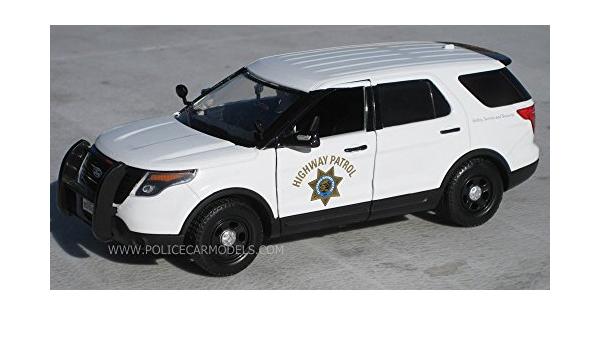 Motormax 1//24 CHP California Highway Patrol B/&W Ford PI Utility Police SUV