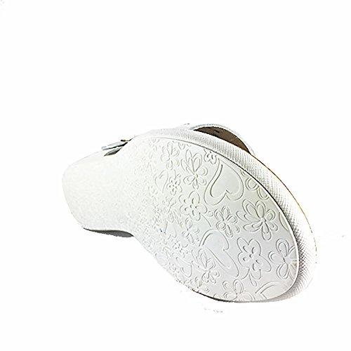 Sandalia piel plana blanca.Talon cerrado. Talla 38