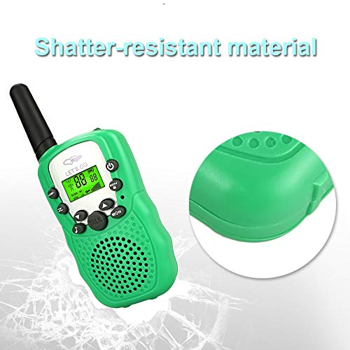 OuWen New Hot Top Christmas Toys 2018 for Boys Girls, Long Range Walkie Talkies for Kids Fun New Best Gifts Toys for 3-8 Year Old Boys Green OWUSDD01