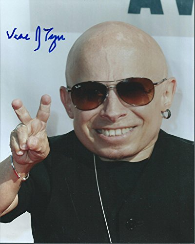 Verne Troyer Mini Me Austin Powers Hysterical Signed Authentic Autographed 8×10 photo COA