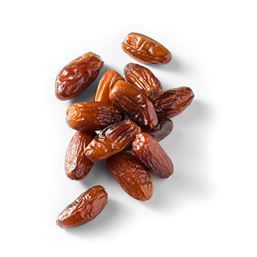Made in Nature Organic Sun-Dried/Pitted/Unsulfured/Unsweetened All Natural (Kosher/Halal) Deglet Noor Dates - 32 oz.