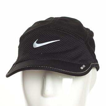 NIKE DAYBREAK CAP 520787 010 MENS MODA HAT  Amazon.co.uk  Clothing 877276697cb