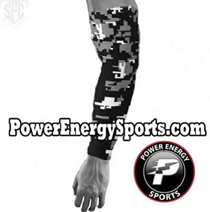 0107e2b4d3 Baseball Sports Titanium Moisture Wicking Compression Arm Sleeve - Digital  Camo Black (Small)