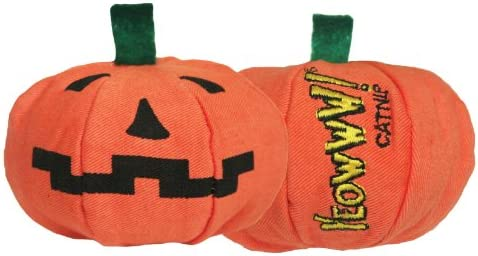 f568bae4351 Amazon.com   Yeowww Halloween Pumpkin Catnip Toy   Sb Natural Products  Catnip   Pet Supplies