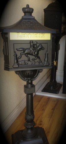 Pedestal Cast - Victorian Cast Aluminum Pedestal Mailbox System Color: Black