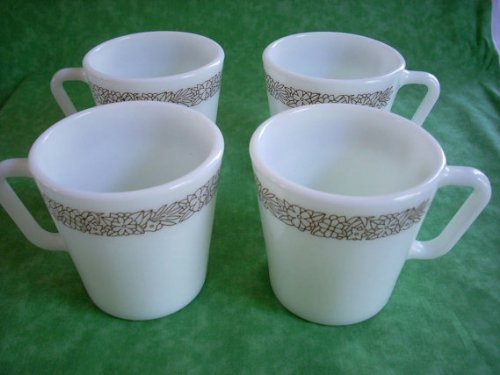 (Set 4 Pyrex Corning