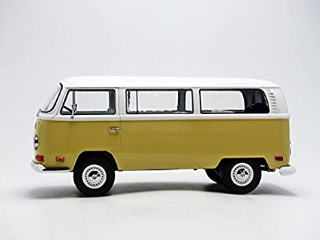 Kansas Beige White 1971 Volkswagen Type 2 T2B Bus 1:18 Artisan Collection