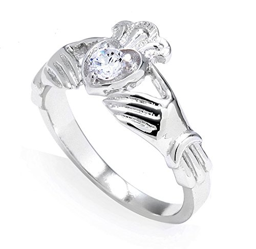 10k White Gold 0.19 Carat Diamond Solitaire Claddagh Engagement Ring (7.5) ()