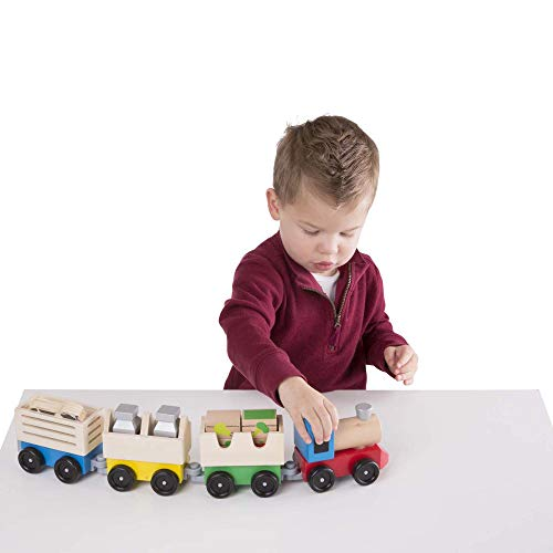 Melissa & Doug Wooden Farm Train Set - Classic Wooden Toy (3 linking cars)