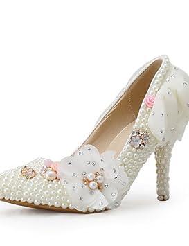 Vestido de noche beige con que zapatos