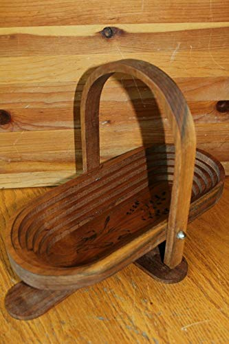 Wooden bread bowl Mathena's Wood Crafts Folk Art Collapsible Basket Carved Wall ()