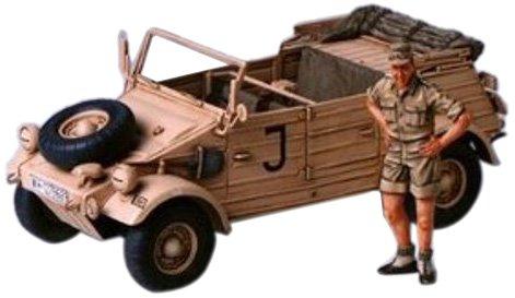(Tamiya Models German Kubelwagen Type 82 - Africa Corps)
