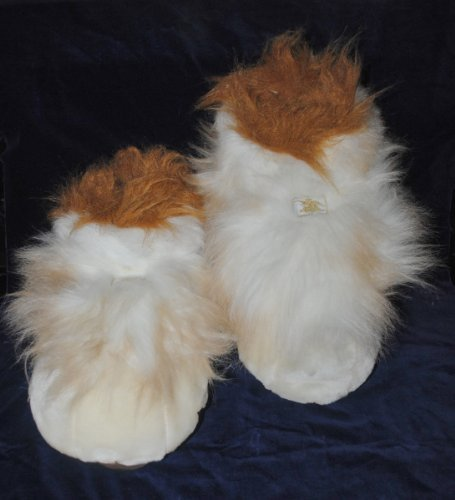 Pair of Anheuser Busch Fuzzy Slippers Plush Toy ()
