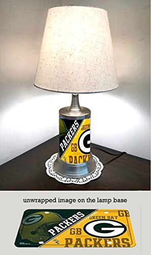 JS Table Lamp with Shade, Green Bay Packers Plate Rolled in on The lamp Base
