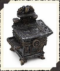 Antique Stove Miniature - Boyds Aunt Becky's Cast Iron Stove with Biscuit McNibble Box