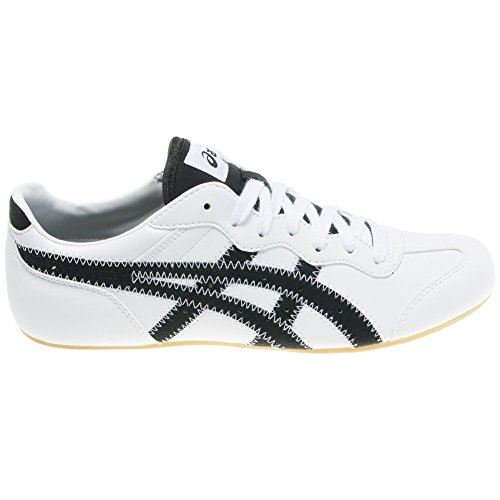 asics whizzer low
