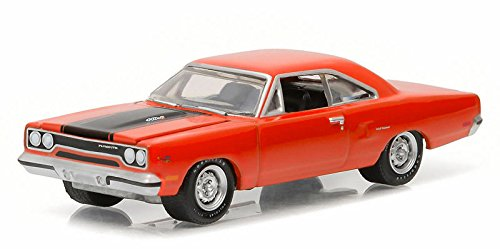 MUSCLE SERIES 16 COLLECTION - ORANGE 1970 PLYMOUTH ROAD RUNNER Diecast Model Car By Greenlight (Muscle Diecast Cars)