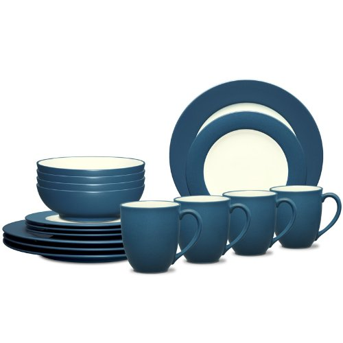 Colorwave Rim 16 Piece Dinnerware Set Color: Blue