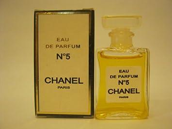 Amazoncom Chanel No 5 Edp 13 Oz 4 Ml Miniature Eau De