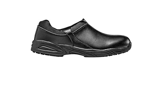 Amazon.com  VIPER Slip Resistant Shoes No Lace Athletic Style Food Service  Shoe by Clement Design  Clothing a55d895584f