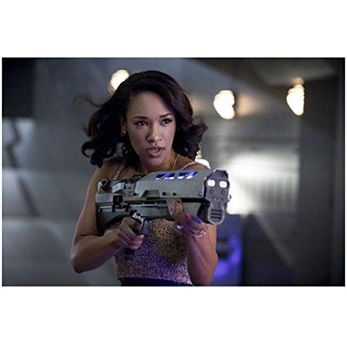 The Flash Candice Patton As Iris West Aiming Gun 8 X 10 Inch Photo