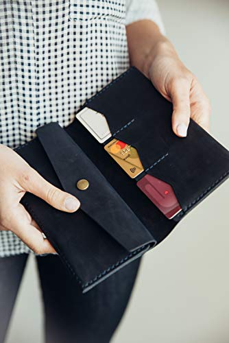 fc0d2eb92f74 Cantoneri Women's Bifold Leather Wallet Full Grain Crazy Horse ...