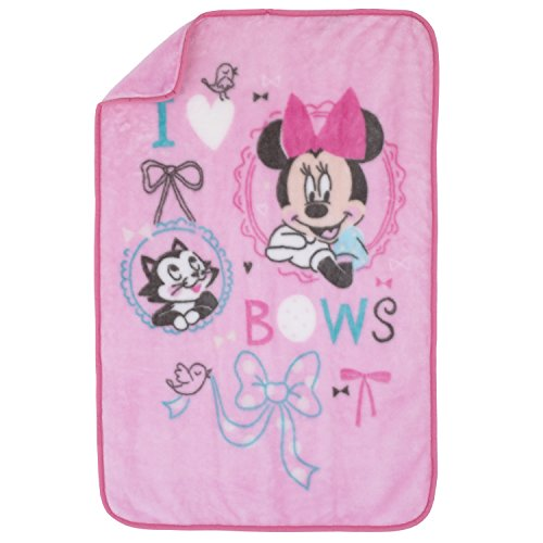 Disney Baby Minnie Mouse All About Bows Luxury Plush Oversized Blanket, Pink, (Bow Border)