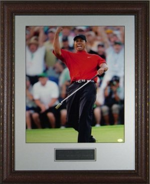Tiger Woods unsigned 2005 Masters Fist Pump 16x20 Photo Leather Framed - Framed Golf Photos, Plaques and Collages