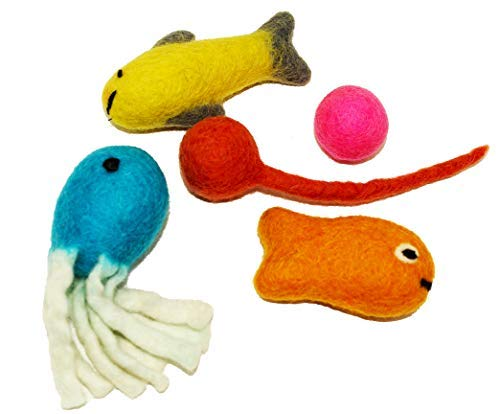 Juccini Felt Cat Toys - Assorted Pack of 6 Toys - Handmade Organic New Zealand Wool Toys for Cats - Eco Friendly Choice for Pets (Assorted Variety)
