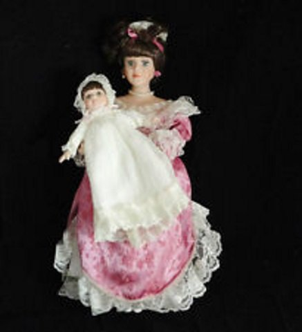(Heritage Signature Collection - Rose Victorian Doll)