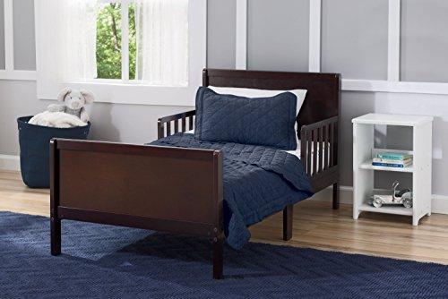 Delta Children Fancy Toddler Bed, Dark Chocolate