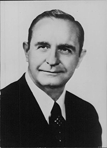 vintage-photo-of-portrait-of-orval-e-forbus