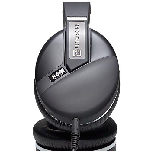 Ultrasone Performance 840 S-Logic Plus Surround Sound Professional Closed-back Headphones with Transport Case
