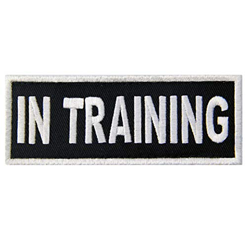 (Service Dog in Training Vests/Harnesses Patch Embroidered Badge Fastener Hook & Loop Emblem)
