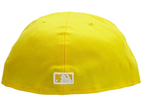 - New Era New York Yankees Fitted Hat Mens Style: NYYANKEE-025 Size: 8 Yellow/White