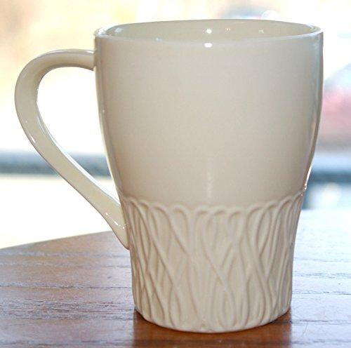 Starbucks 2008 Cream Vanilla Off White Yarn 12oz Mug by Design House ()