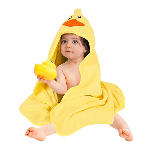 hooded-towel-baby-towel-with-bonus-washcloth-rubber-ducky-perfect-baby-gift-bundle-by-squishy-bubs
