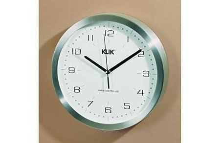 klik aluminium radio controlled wall clock amazon co uk kitchen rh amazon co uk